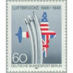1 عدد تمبر چهلمین سال خط هوایی به برلین - برلین آلمان 1989