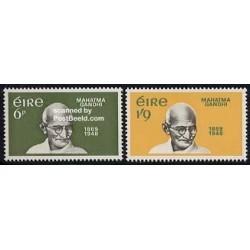 2 عدد تمبر مهاتما گاندی - رهبر سیاسی معنوی هند - ایرلند 1969