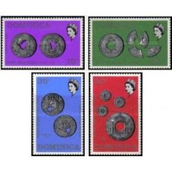 4 عدد تمبر سکه ها - دومنیکا 1971