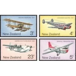 4 عدد تمبر هواپیماهای پستی - نیوزلند 1974
