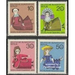 4 عدد تمبر عروسکهای خیمه شب بازی - برلین آلمان 1968