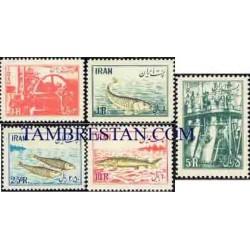 937 - 5 عدد تمبر ملی شدن صنایع شیلات در ایران 1332