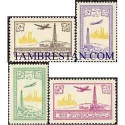 926 - 4 عدد تمبر چاه شماره 3 البرز در قم ( سری هوائی) 1332