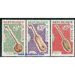 3 عدد تمبر آلات موسیقی - نیجر 1972