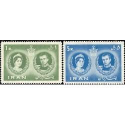 1124 - تمبر عروسی محمد رضا پهلوی و فرح دیبا  1339