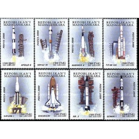 8 عدد سفرهای فضائی با سرنشین - ماداگاسکار 2000